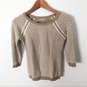 Banana Republic Tan & White Pebbled Knit Sweater